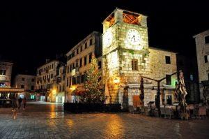 blog-old-town-kotor--clock-new-year