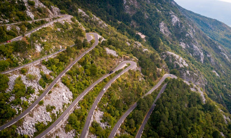 snake-road-adventure-montenegro