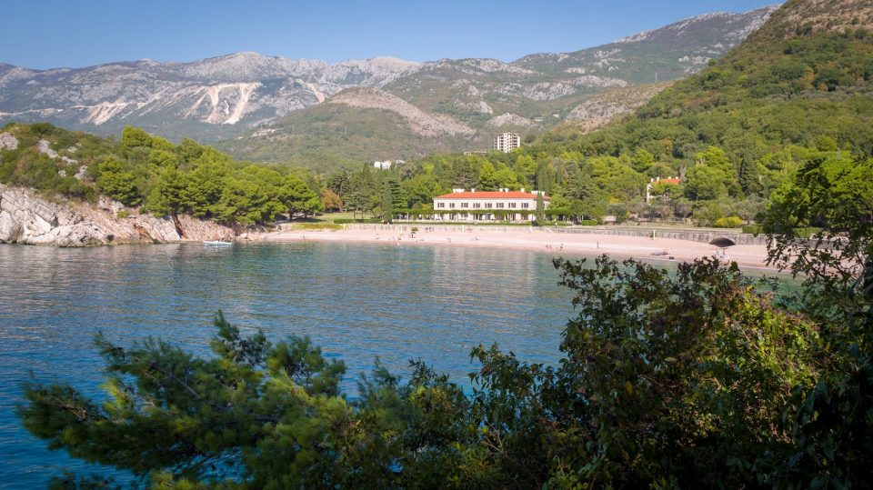 milocer-beach-montenegro