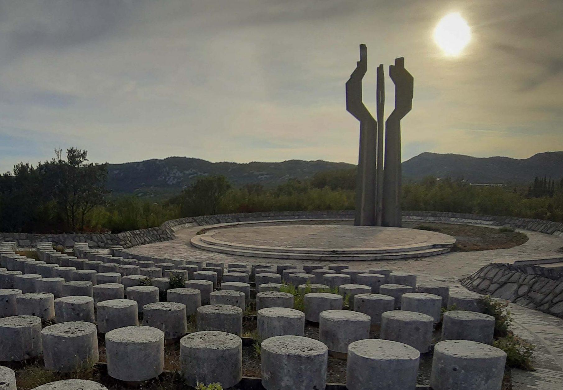 monument-to-soldiers-ljesanka-nahija-montenegro